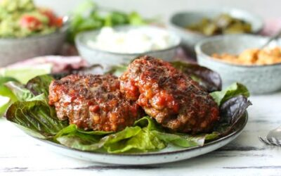 BUNLESS GRASS-FED GROUND BEEF CHORIZO BURGERS